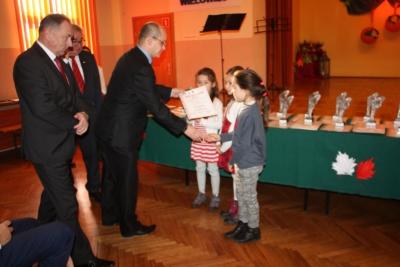 Koncert laureatów X Wojewódzkiego Festiwalu Pieśni i Piosenki Patriotycznej w Wielowsi