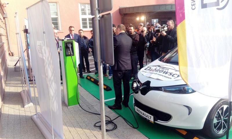 Pierwsza ładowarka samochodów elektrycznych w Gliwicach