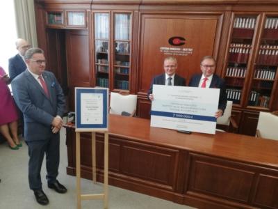 Kolejne wsparcie dla służby zdrowia w Gliwicach - tym razem 7 milionów złotych dla Centrum Onkologii w Gliwicach