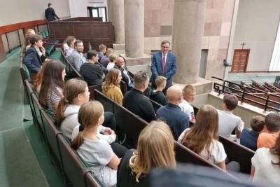 Młodzież z parafii pw. Św. Jacka w Gliwicach - Sosnicy oraz mieszkańców Knurowa w Sejmie RP